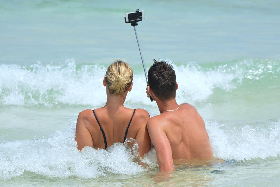 Mobiltelefonen med på ferie – go eller no go?